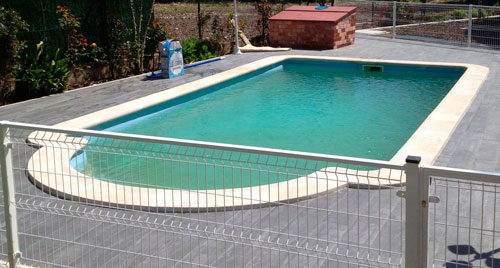 piscina fibra monocasco